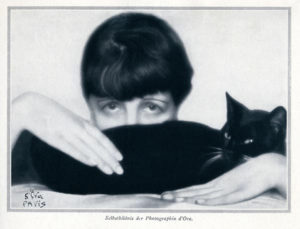 多拉(夫人)卡拉姆斯(1881-1963)