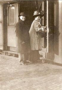 ماتيلد مينجيلبيرج ووب (1875-1943)