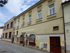 Vinagre de producción de la fábrica Bernard Mahler (calle Vezni Nos. 10/1250, Flederwisch Gasse No 10)