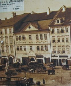 Hotel Zu den drei Fursten (plaza Masarykovo nº 44/1189, Hauptplatz nº 371)