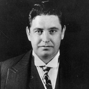 جون مكورماك (1884-1945)