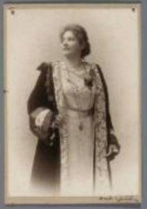 Adrienne von Kraus-Osborne (1873-1951)
